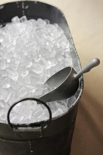 Bucket「Ice Cube Bucket Scoop Beverage Container」:スマホ壁紙(17)