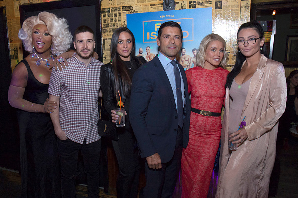 Kelly public「Logo TV Fire Island Premiere Party」:写真・画像(8)[壁紙.com]