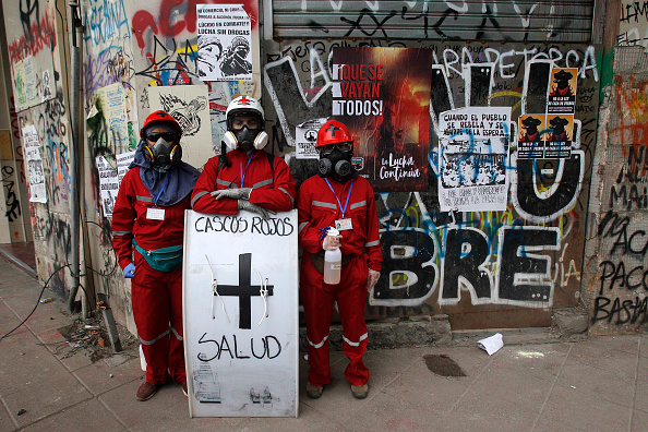 Latin America「Protests Continue As Lawmakers Negotiate Reforms Proposed By Piñera」:写真・画像(18)[壁紙.com]