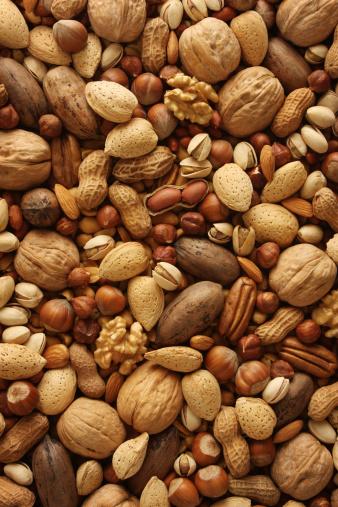Walnut「Nuts Background」:スマホ壁紙(7)