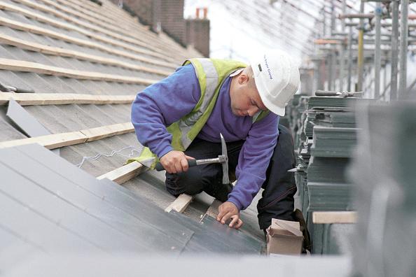 2002「Roof Slating Laying slates to roof」:写真・画像(11)[壁紙.com]