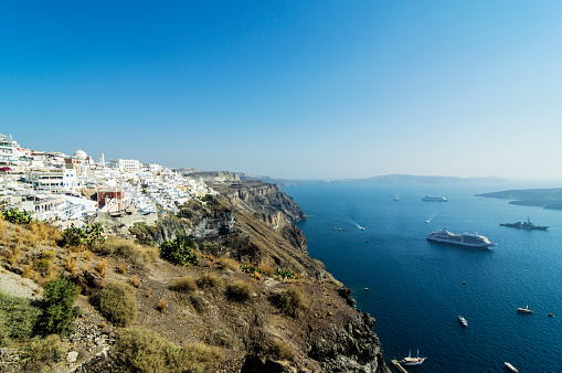Aegean Sea「Greece, Santorini, view to Fira and Caldera」:スマホ壁紙(15)
