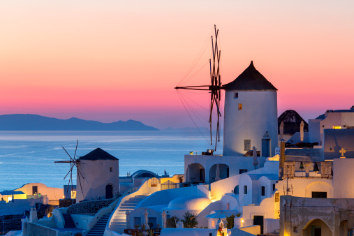 Aegean Sea「Greece, Santorini, Oia Town at sunset」:スマホ壁紙(3)