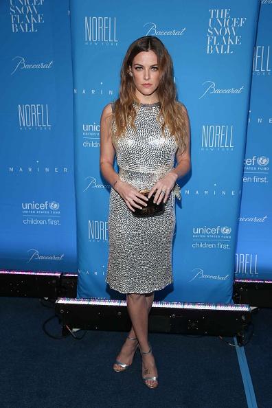 Middle Hair Part「2015 UNICEF Snowflake Ball」:写真・画像(15)[壁紙.com]