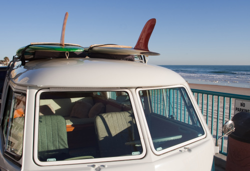 City Break「Surfer Van」:スマホ壁紙(10)