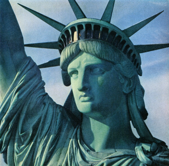 GraphicaArtis「Close-Up Of Statue Of Liberty」:写真・画像(5)[壁紙.com]
