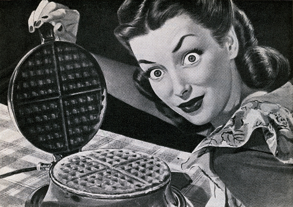Staring「Housewife With Waffle Iron」:写真・画像(11)[壁紙.com]