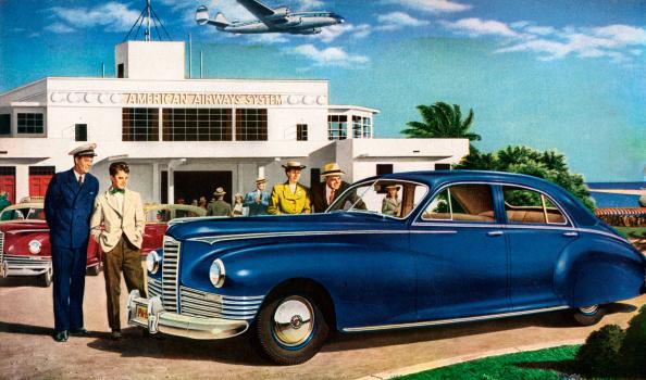 Mode of Transport「People Admiring Packard Car」:写真・画像(7)[壁紙.com]