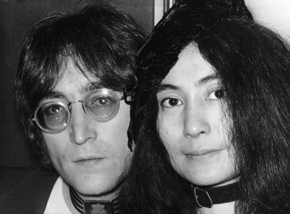 Writing「John And Yoko」:写真・画像(5)[壁紙.com]