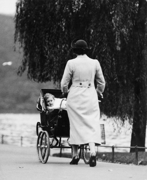 Baby Carriage「Stroll In The Park」:写真・画像(12)[壁紙.com]