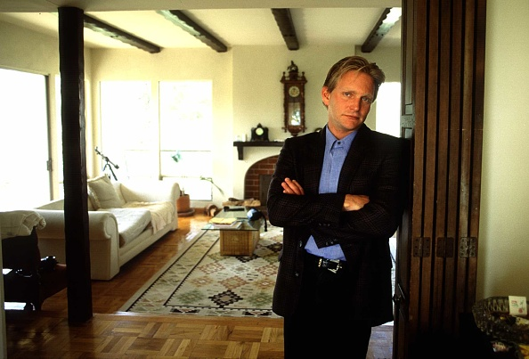 Santa Monica Mountains「Eric Douglas Youngest Son Of Kirk Douglas At Home In Hollywood Hills」:写真・画像(10)[壁紙.com]