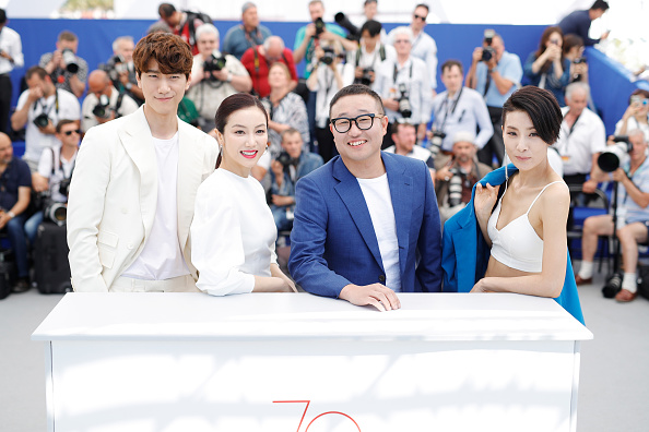 """Photo Call「""""The Villainess (Ak-Nyeo)"""" - Photocall - The 70th Annual Cannes Film Festival」:写真・画像(18)[壁紙.com]"""