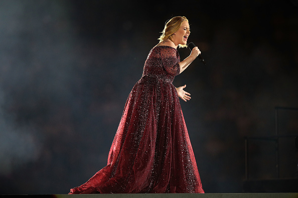 Performance「Adele Live 2017 - Melbourne」:写真・画像(10)[壁紙.com]