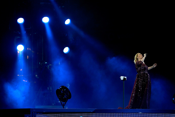 ������ ������「Adele Live 2017 - Auckland」:写真・画像(0)[壁紙.com]