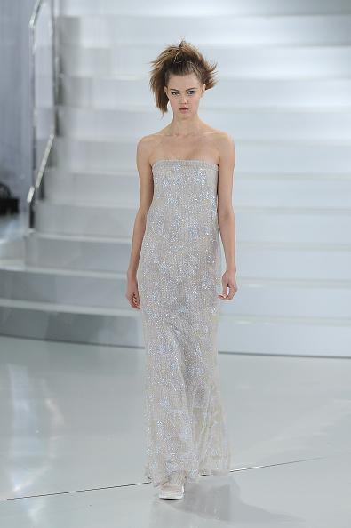 Embellished Dress「Chanel : Runway - Paris Fashion Week - Haute Couture S/S 2014」:写真・画像(12)[壁紙.com]