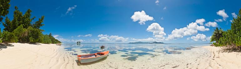 Panoramic「Paradise beach panorama tropical island shore turquoise ocean Seychelles Africa」:スマホ壁紙(11)