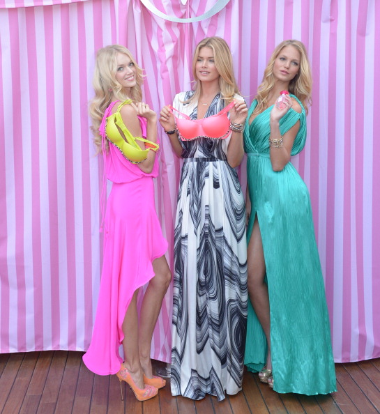 Erin Heatherton「Victoria's Secret Summer 2012 What Is Sexy? Launch With Doutzen Kroes, Erin Heatherton And Lindsay Ellingson」:写真・画像(9)[壁紙.com]
