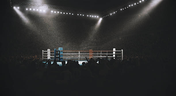Boxing: Empty professional ring with crowd:スマホ壁紙(壁紙.com)