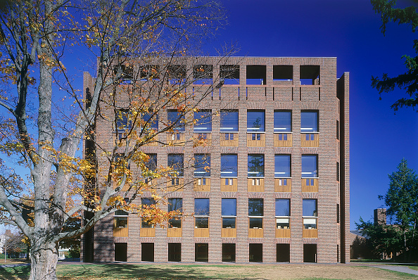 Facade「Exeter College Library. Boston, Massachussetts, USA. Designed by Louis Kahn.」:写真・画像(12)[壁紙.com]