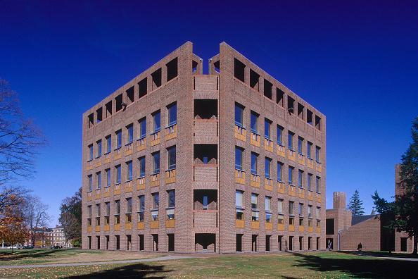 Sparse「Exeter College Library. Boston, Massachussetts, USA. Designed by Louis Kahn.」:写真・画像(5)[壁紙.com]
