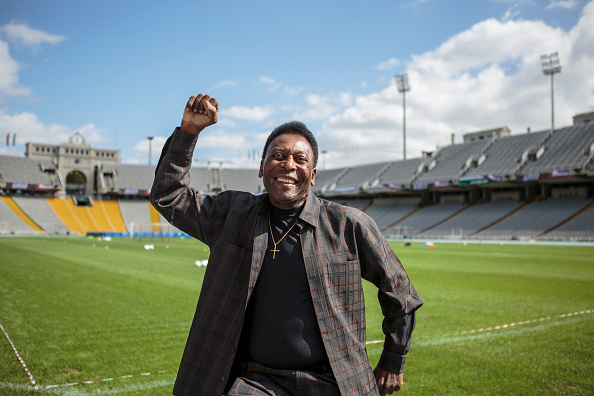 ベストオブ「Soccer Legend Pele Visits Olympic Stadium In Barcelona」:写真・画像(12)[壁紙.com]