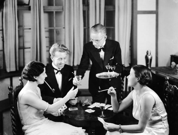 Butler「Your Drink Madam」:写真・画像(3)[壁紙.com]