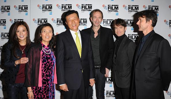 "Mat Osman「""So Young"" - Red Carpet Arrivals: 57th BFI London Film Festival」:写真・画像(12)[壁紙.com]"