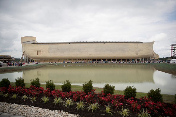 Aaron P「Creationist Builds Large Scale Noah's Ark In Northern Kentucky」:写真・画像(9)[壁紙.com]