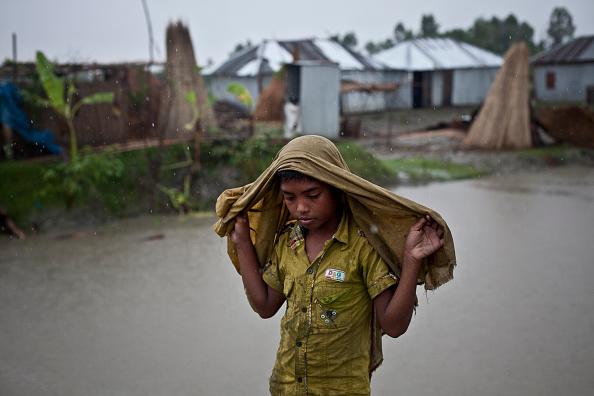 Torrential Rain「Bangladesh Struggles To Recover Following Severe & Widespread Flooding」:写真・画像(1)[壁紙.com]