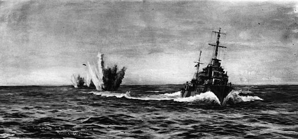 Exploding「Naval War」:写真・画像(3)[壁紙.com]
