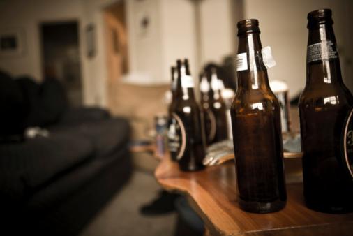 Liquor「Old Habits」:スマホ壁紙(6)