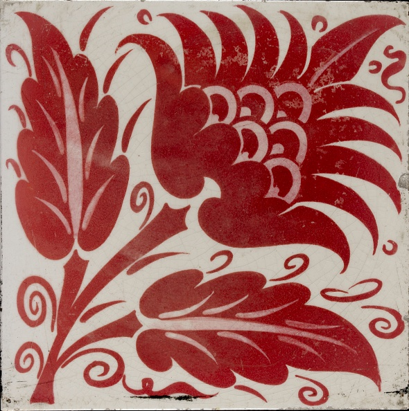 Tile「Tile With Stylised Flower With Two Leaves And Tendrils」:写真・画像(18)[壁紙.com]