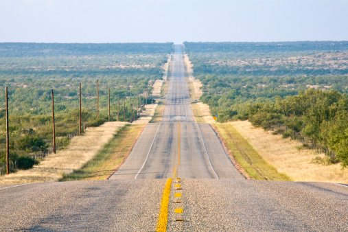 Long「Rural Country Road, Long and Straight, Undulating to the Horizon」:スマホ壁紙(2)