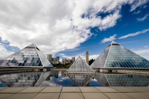 Edmonton「Glass Pyramid (Series four)」:スマホ壁紙(0)