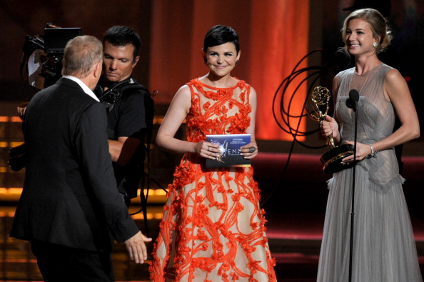 Emily VanCamp「64th Annual Primetime Emmy Awards - Show」:写真・画像(14)[壁紙.com]