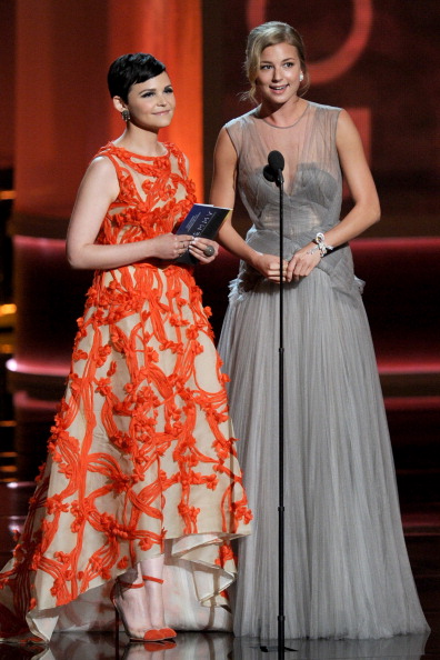 Emily VanCamp「64th Annual Primetime Emmy Awards - Show」:写真・画像(10)[壁紙.com]