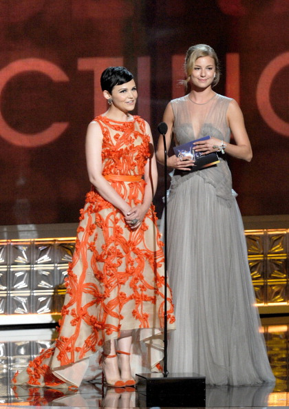 Emily VanCamp「64th Annual Primetime Emmy Awards - Show」:写真・画像(11)[壁紙.com]