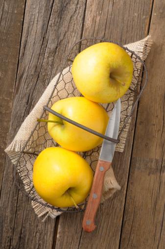 リンゴ「apple」:スマホ壁紙(11)