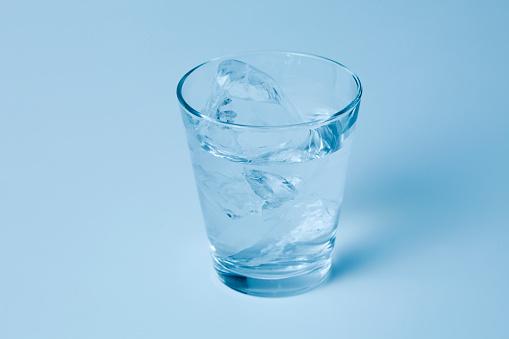 氷「Glass of Water」:スマホ壁紙(13)