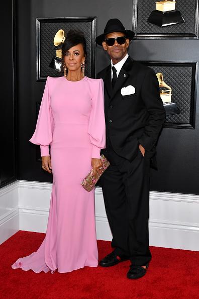 Multi Colored Purse「62nd Annual GRAMMY Awards - Arrivals」:写真・画像(14)[壁紙.com]