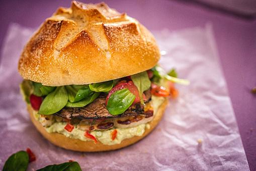 Portobello Mushroom「Portobello Mushroom Veggie Burger」:スマホ壁紙(16)