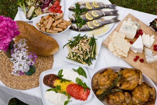 Celebration「お食事には、屋外でのディナーパーティの田園地帯」:スマホ壁紙(3)