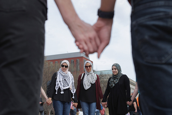 Washington DC「Protestors Rally At White House On 14th Anniversary Of Detainees Held At GITMO」:写真・画像(1)[壁紙.com]