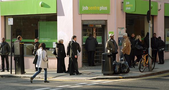 Job Search「Unemployment Figures Reach 1.97 Million In December」:写真・画像(12)[壁紙.com]