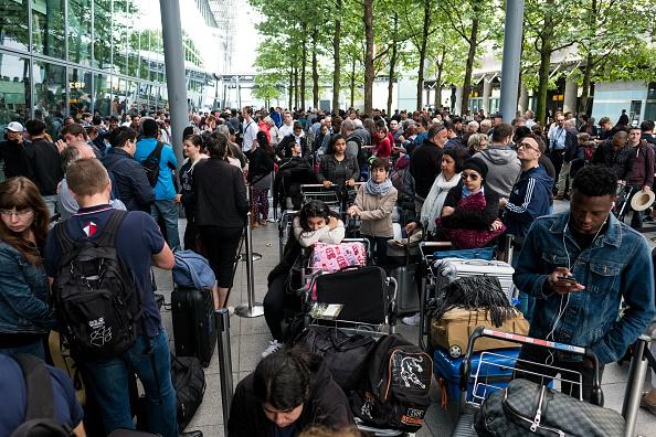 Heathrow Airport「Disruption Continues To British Airways Flights After IT Meltdown」:写真・画像(10)[壁紙.com]
