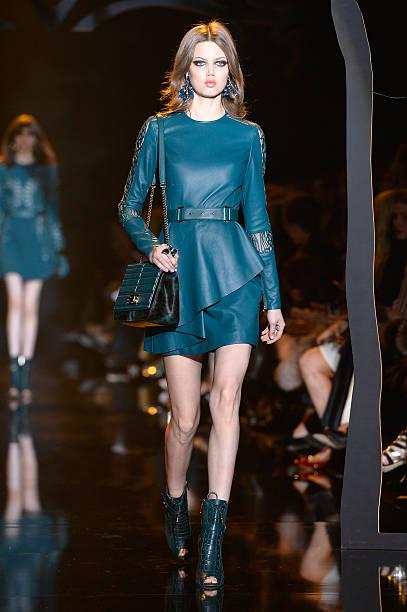 Elie Saab : Runway - Paris Fashion Week Womenswear Fall/Winter 2015/2016:ニュース(壁紙.com)
