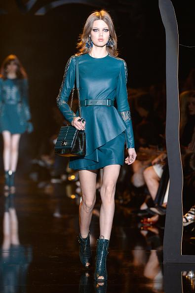 Elie Saab - Designer Label「Elie Saab : Runway - Paris Fashion Week Womenswear Fall/Winter 2015/2016」:写真・画像(6)[壁紙.com]