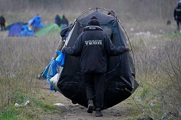 Calais「Migrants Gather Along The Northern French Coast」:写真・画像(5)[壁紙.com]