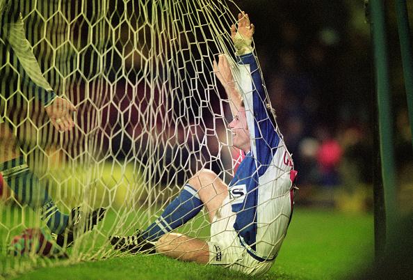 Clive Brunskill「Kevin Gallacher Blackburn Rovers 1998」:写真・画像(17)[壁紙.com]