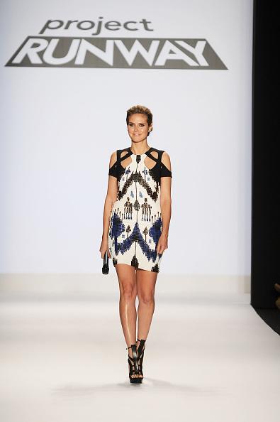 Mini Dress「Project Runway - Runway - Fall 2010 MBFW」:写真・画像(11)[壁紙.com]